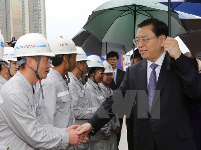 China's top legislator visits under-construction friendship palace - ảnh 1