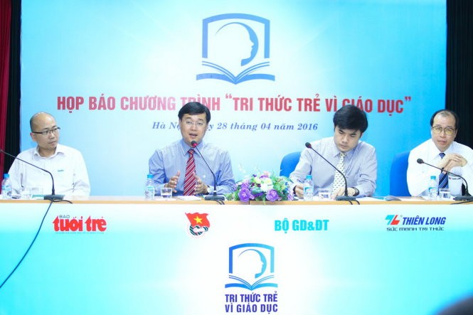 Young intellectuals honored for contributions to education - ảnh 1