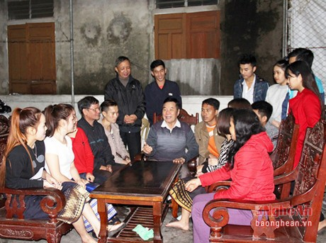 Host families of Lao students - ảnh 1