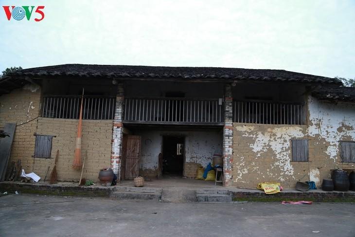 Wood stove of the Tay in Binh Lieu - ảnh 3
