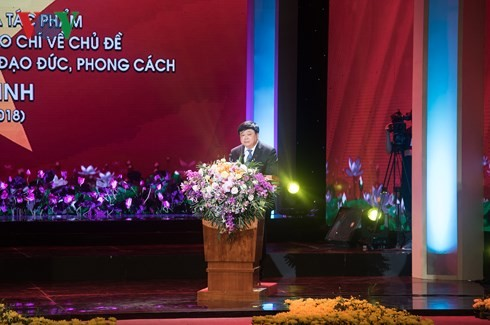 Influence of literature on studying Ho Chi Minh's moral example - ảnh 2