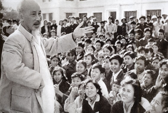 Personnel management upholds Ho Chi Minh's thought - ảnh 1
