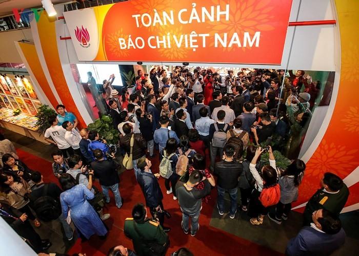 Vietnam's press in the 4th industrial revolution - ảnh 1