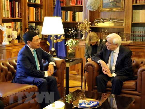 Greek President backs all-round cooperation with Vietnam - ảnh 1