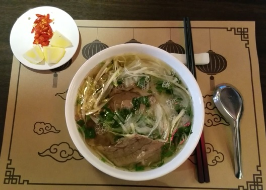 Vietnamese dishes favored in Russia  - ảnh 1