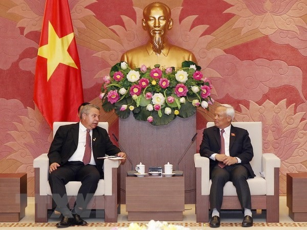 Vietnam, Cuba look to promote legislative ties - ảnh 1