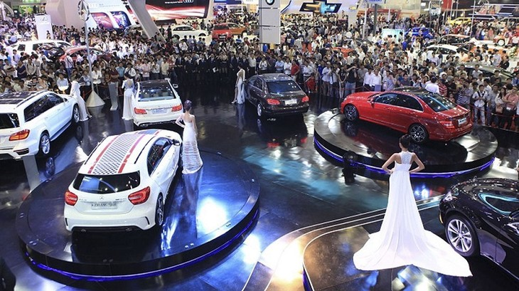 Vietnam's automobile market expects a boom in 2nd half of 2018  - ảnh 1