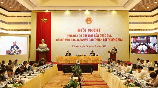 Prime Minister urges boosting administrative reform - ảnh 1