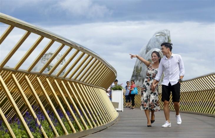 Golden Bridge – new masterpiece on Ba Na Hills - ảnh 4