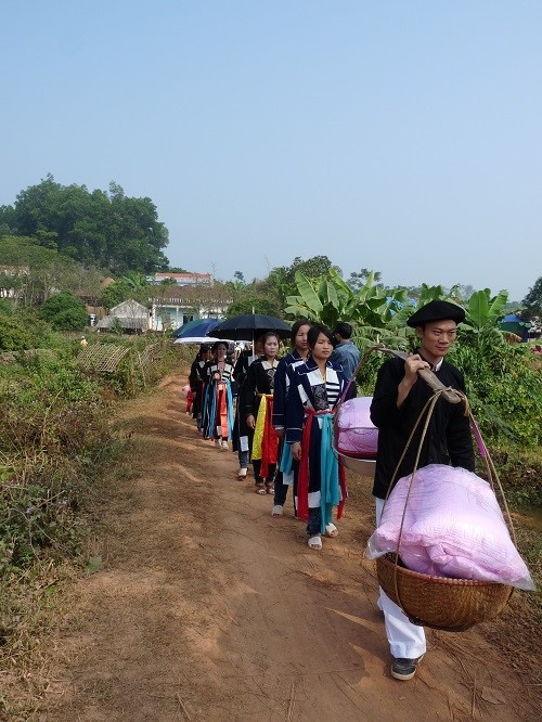 Wedding customs of the Cao Lan people in Bac Giang province - ảnh 2
