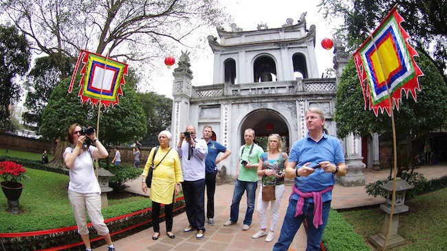 Tourist arrivals to Vietnam on the rise - ảnh 1