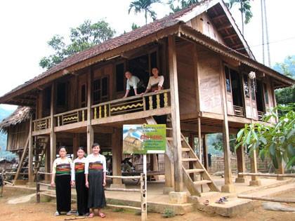 Thai stilt house culture  - ảnh 2