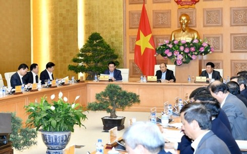 Macro-economic stability remains government focus in 2019: PM  - ảnh 1