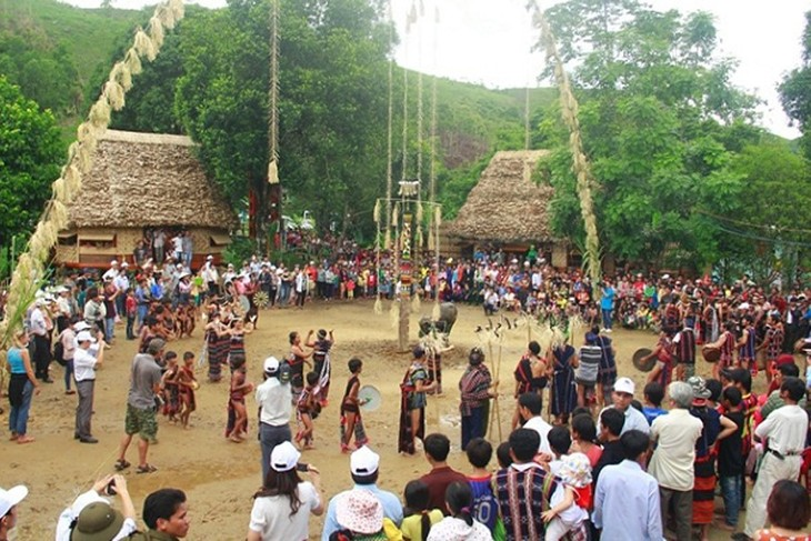 Activities to welcome Tet at Vietnam's Ethnic Culture and Tourism Village - ảnh 1
