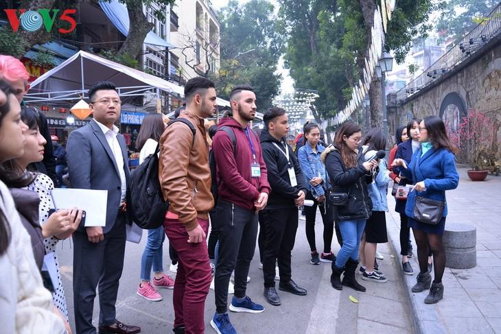 Tet in the eyes of international students  - ảnh 1