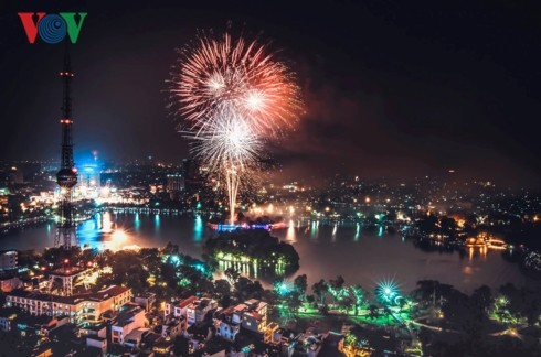 Hanoi has 30 venues for firework displays, performances to welcome Tet  - ảnh 1