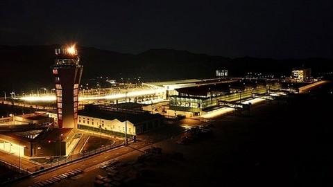 Van Don International Airport to open international routes - ảnh 1
