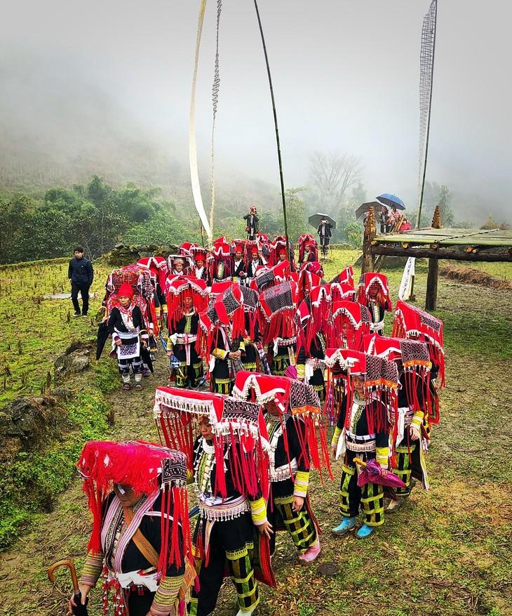 """Maturity"" ritual of Dao ethnic in Lao Cai - ảnh 9"