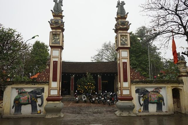 La Phu village preserves communal house, pig procession festival  - ảnh 1
