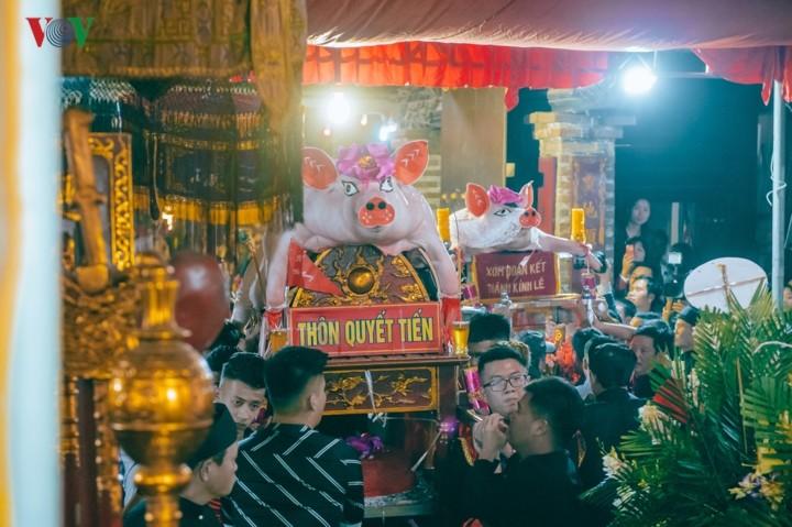 La Phu village preserves communal house, pig procession festival  - ảnh 3
