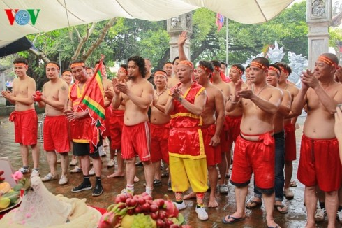 Vietnam's sitting tug-of-war games recognized by UNESCO - ảnh 4