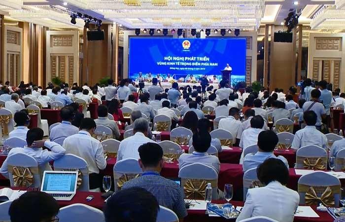 Solutions to develop Vietnam's southern key economic region - ảnh 1