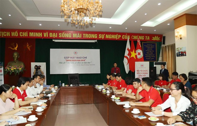 2019 Humanitarian Month widely implemented in Vietnam - ảnh 2
