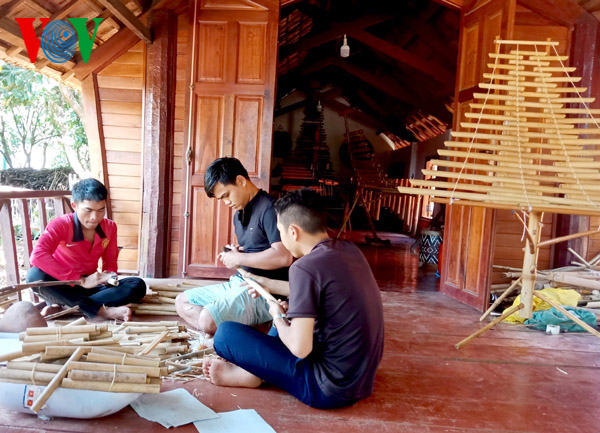 St. Teresa Hostel helps ethnic Central Highlanders preserve culture - ảnh 2