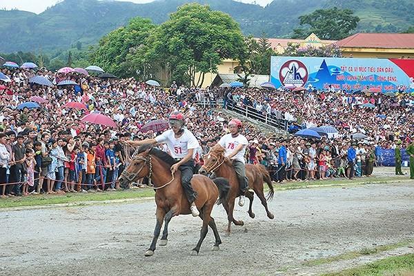 Bac Ha White Plateau Festival ready to begin - ảnh 1