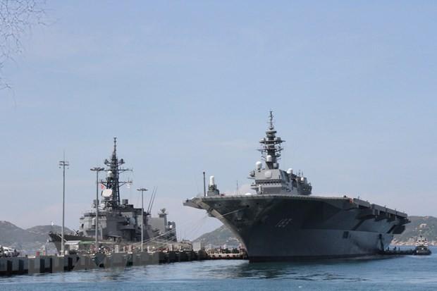Japan Maritime Self-Defense Force carrier visits Vietnam - ảnh 1