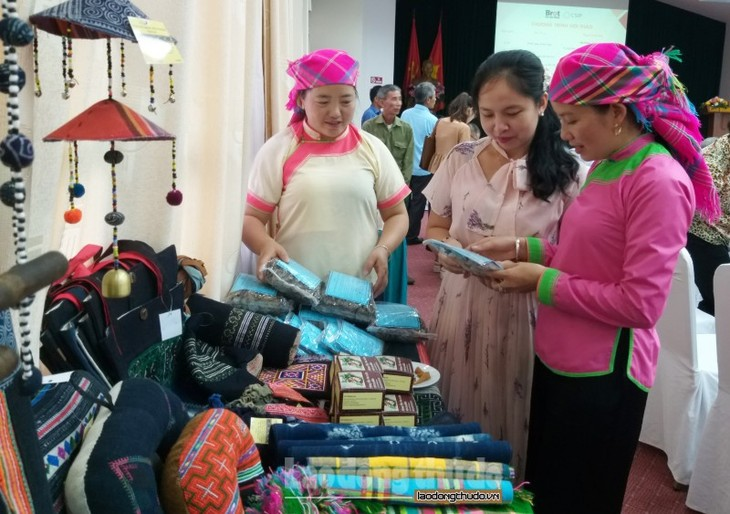 Project to support social enterprises benefit mountain people's livelihoods - ảnh 1