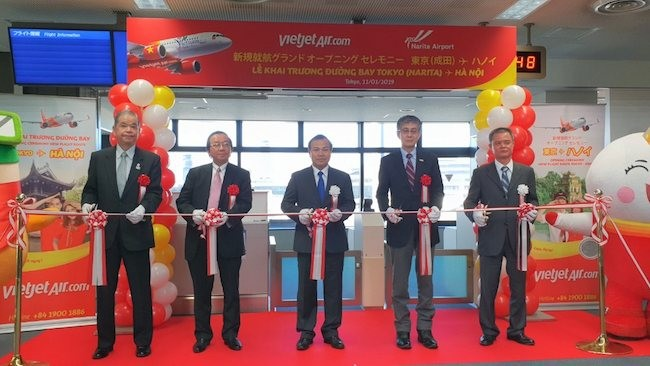 Vietjet Air launches direct route connecting HCMC and Tokyo - ảnh 1
