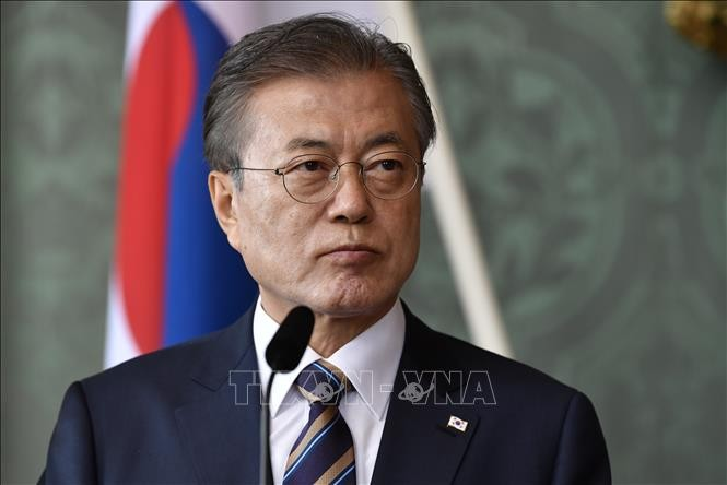 Moon warns Japan of severe consequences for export restrictions - ảnh 1