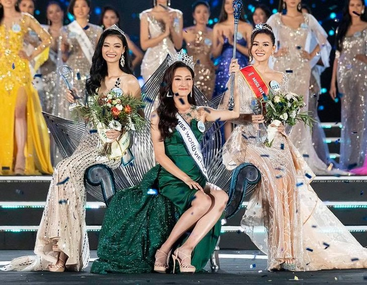 Luong Thuy Linh crowned Miss World Vietnam 2019 - ảnh 1