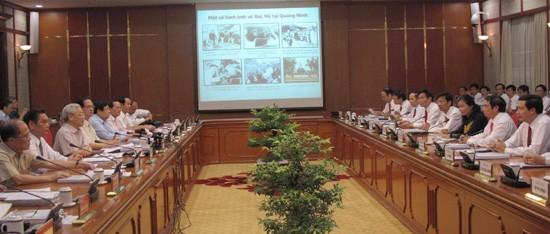 Le Bureau Politique travaille avec le comité du PCV pour Quang Ninh - ảnh 1