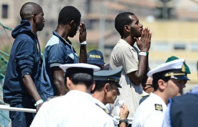 Migrants: l'Italie prête à renforcer les contrôles frontaliers - ảnh 1