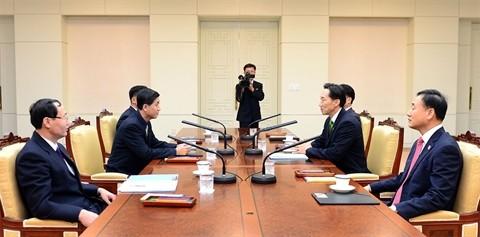Début des pourparlers des retrouvailles inter-coréennes - ảnh 1