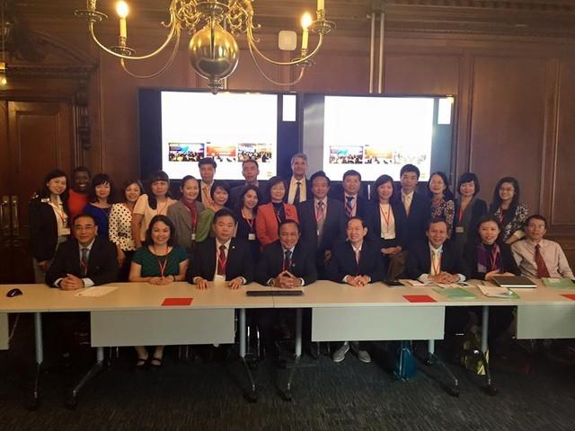 Dynamiser la coopération éducative Vietnam-Grande Bretagne - ảnh 1