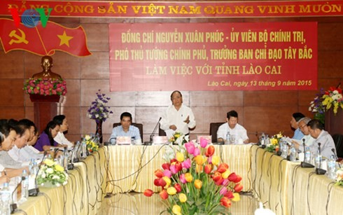 Nguyen Xuan Phuc en tournée à Lào Cai - ảnh 1
