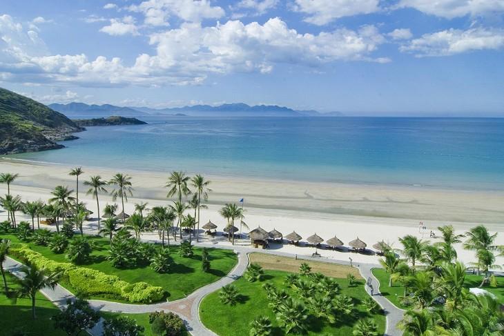 Dans quels pays les Vietnamiens préfèrent passer leurs vacances ? - ảnh 1