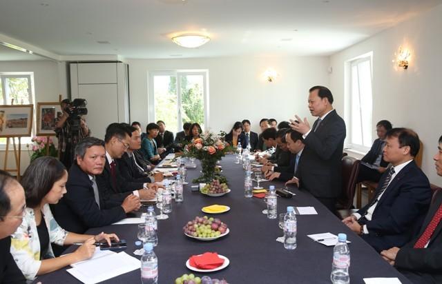 Vu Van Ninh inaugure le nouveau siège de la délégation vietnamienne à Genève - ảnh 1