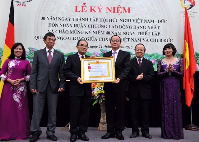 Célébration du 30ème anniversaire de l'association d'amitié Vietnam-Allemagne - ảnh 1