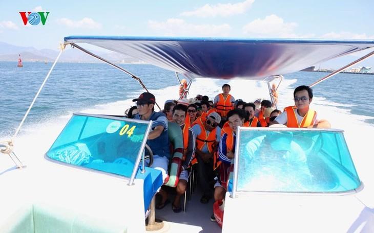 À la découverte de l'île de Binh Ba à Khanh Hoa - ảnh 3