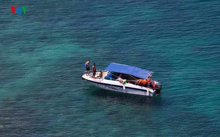 À la découverte de l'île de Binh Ba à Khanh Hoa - ảnh 7