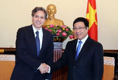 Rencontre entre Pham Binh Minh et Antony Blinken - ảnh 1