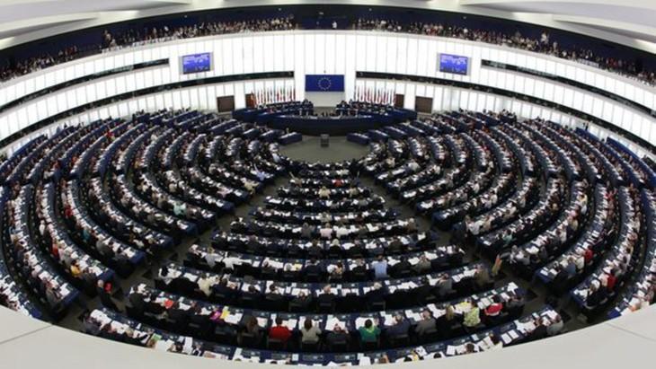 Le Parlement européen vote contre l'adhésion de la Turquie - ảnh 1