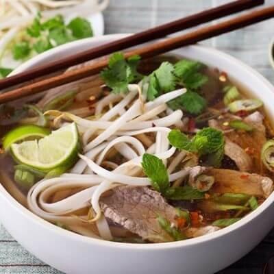 Pour combien peut-on manger dans la rue au Vietnam? - ảnh 3