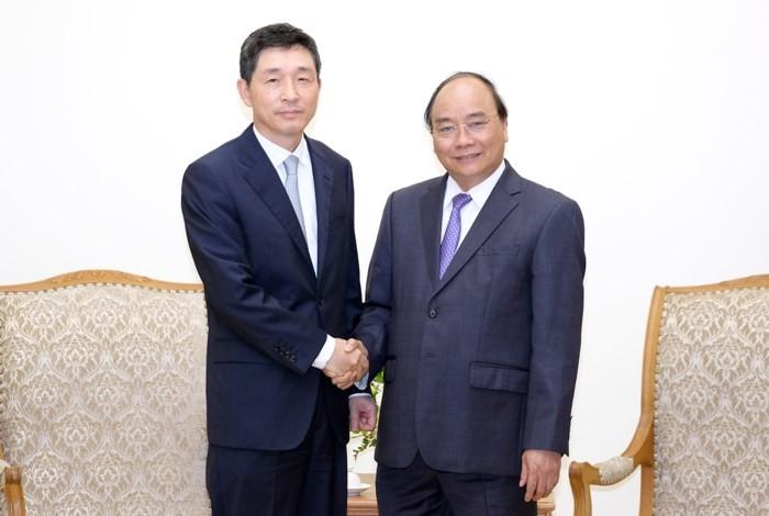 Le Premier ministre reçoit l'ambassadeur sud-coréen - ảnh 1