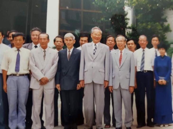 Ancien président Lê Duc Anh: des moments forts - ảnh 9