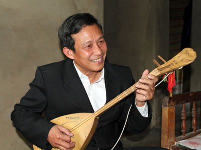 Bhriu Huy Hoang, komponis yang sangat mencintai lagu rakyat Co Tu - ảnh 1